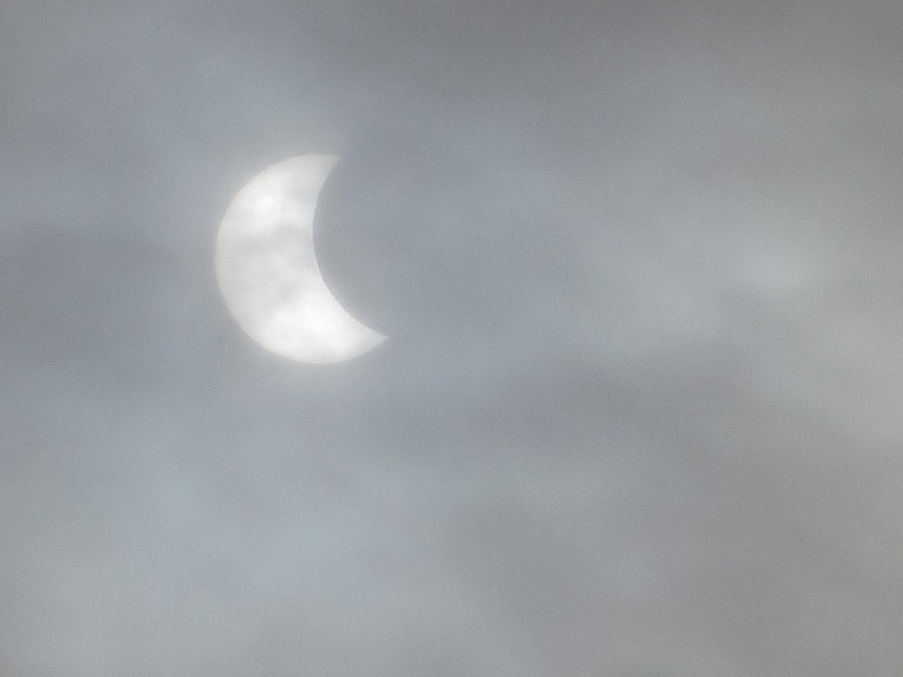 Partiell solförmörkelse 09.45-10.45 014