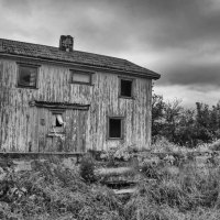 Thursday Thoughts - The Lonely House